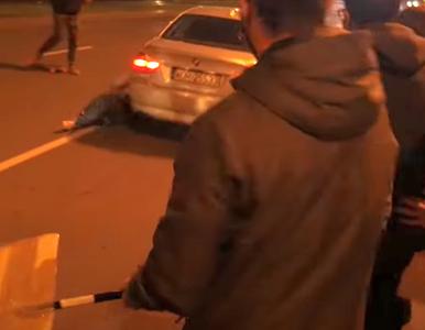 To on wjechał w protestujące kobiety. 44-letni funkcjonariusz ABW...