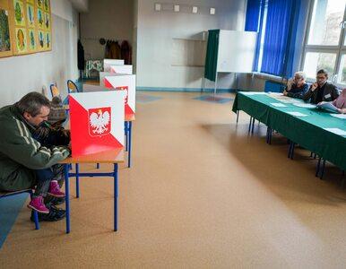 Jakie środki ochrony przysługują członkom komisji wyborczych? Jest...