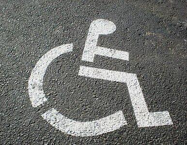Protest opiekunów niepełnosprawnych pod kancelarią premiera....