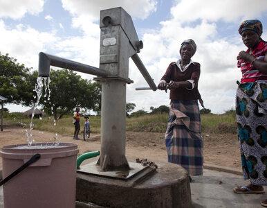 WHO: Prawie miliard ludzi pijąc wodę naraża się na cholerę, dyzenterię,...