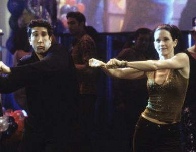 """""""Przyjaciele"""". Pamiętacie taniec Rossa i Monica? """"Rutynę"""" odtworzył..."""