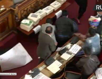 Bójka w boliwijskich parlamencie podczas debaty o zatrzymaniu byłej...