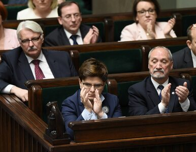 PiS wycofał projekt podwyżek wynagrodzeń dla członków rządu