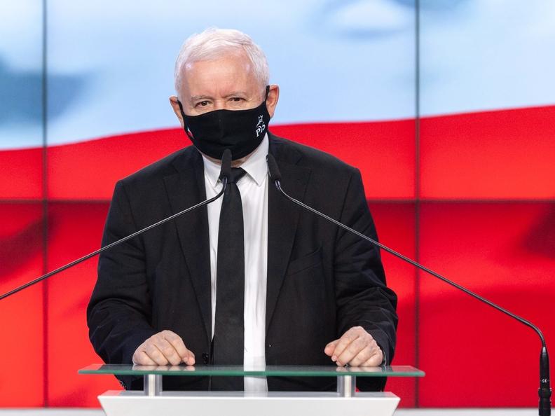 NA ŻYWO: Ustawa oobronie ojczyzny. Jarosław Kaczyński...