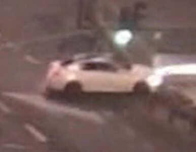 Pijana nastolatka na głównym skrzyżowaniu Warszawy rozbiła lexusa