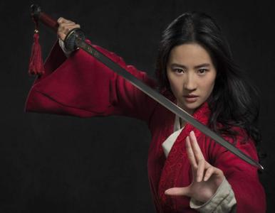"""Nowa """"Mulan"""" od dziś do obejrzenia w internecie. Gdzie? Ile trzeba..."""