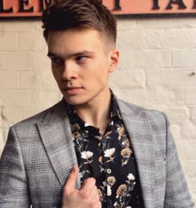 Krzysztof Cugowski Junior, syn znanego 70-letniego polskiego piosenkarza
