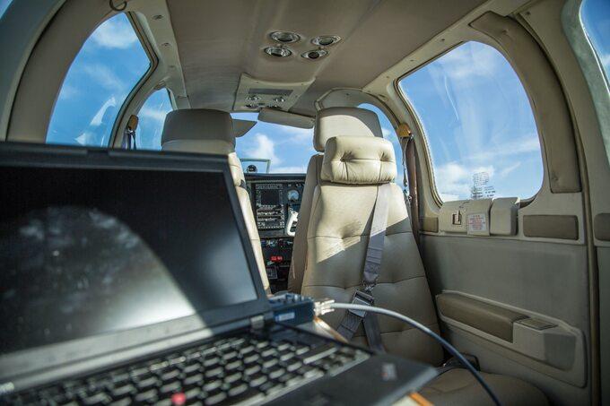 Samoloty donamierzania skradzionych samochodów