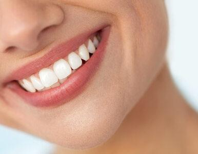 Chcesz wybielić zęby? Tych domowych metod nie stosuj