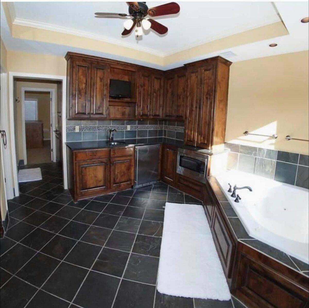Łazienka z kuchnią, ale przede wszystkim z klasą