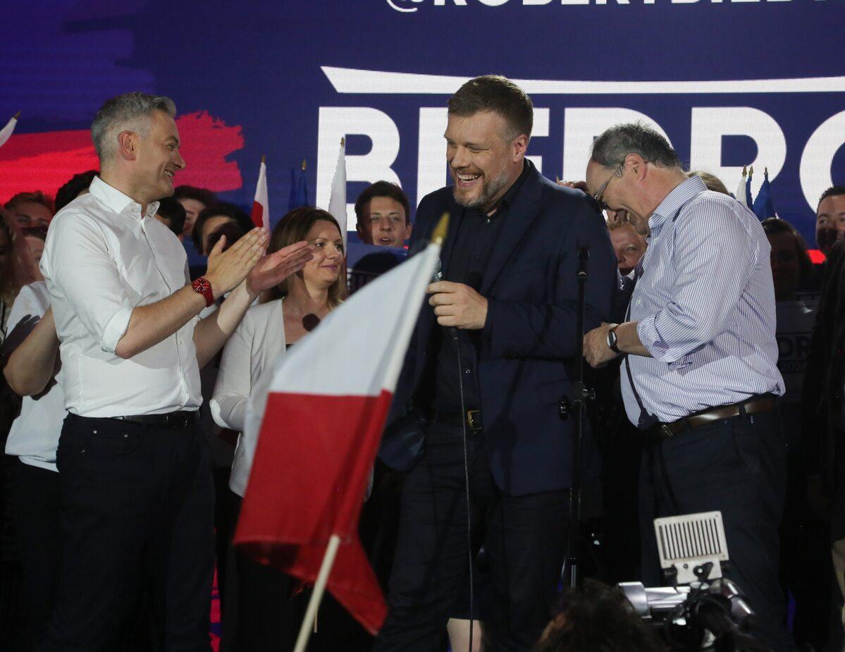 Wieczór wyborczy w sztabie Roberta Biedronia
