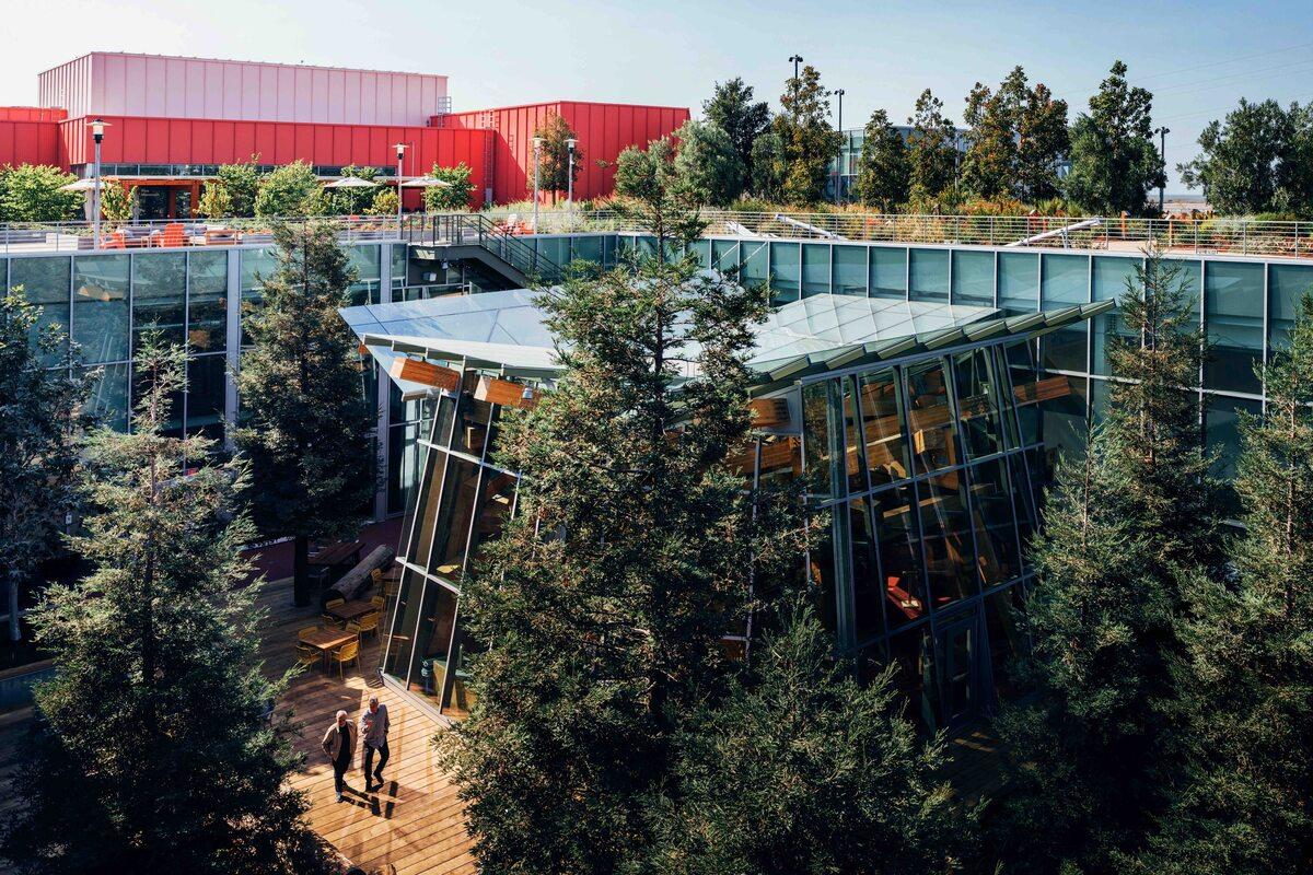 Nowa siedziba Facebooka Nowa siedziba Facebooka w Kalifornii