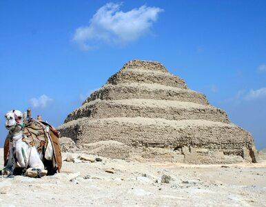 Polscy archeolodzy odkryli kilkadziesiąt mumii obok najstarszej piramidy...
