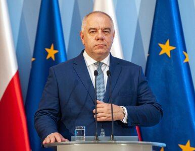Jacek Sasin o rekompensacie dla Poczty Polskiej: Demokracja kosztuje....