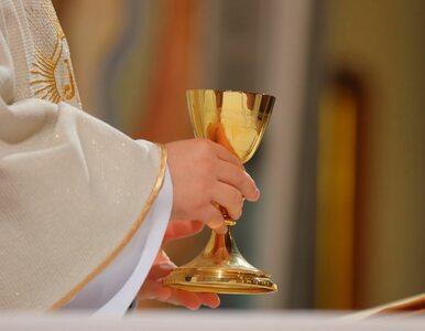 Episkopat zachęca, by korzystać z dyspensy. Powstała lista transmisji mszy