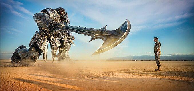 "kadr zfilmu ""Transformers: TheLast Knight"" (2017)"