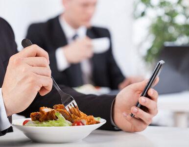 Spędzasz całe dnie w pracy? 4 sposoby, by zachować dobrą formę i schudnąć
