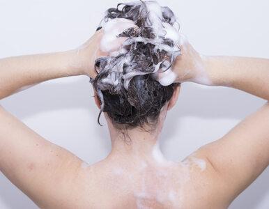 Trycholog: Włosy trzeba myć częściej niż tylko raz