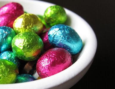 """W Wielkanoc chcesz dać dzieciom """"jajeczka"""" z czekolady? Uważaj – to może..."""