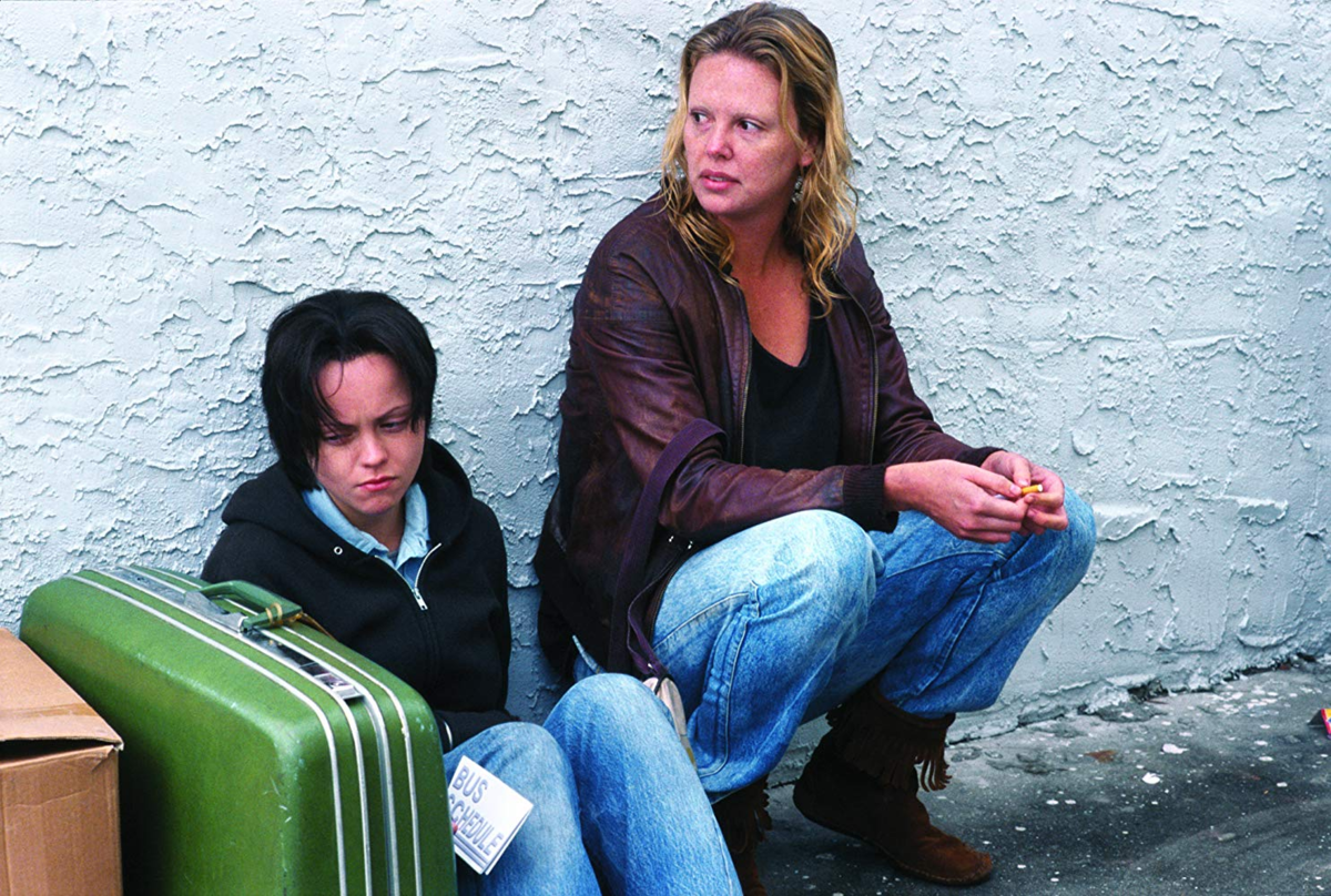 """Charlize Theron w filmie """"Monster"""" (2003)"""