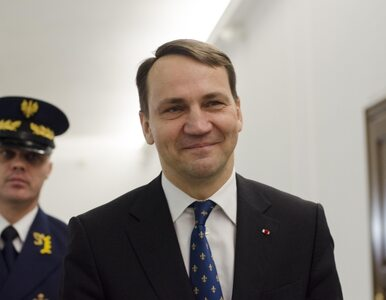 """""""Kilometrówki"""": Prokuratura sprawdzi liczniki 4 aut Sikorskiego"""