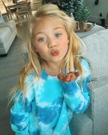 Ta 7-latka jest najbogatszą dziewczynką na Instagramie