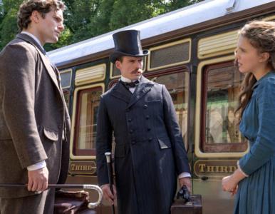 """Są nowe fotki z filmu """"Enola Holmes"""". Tymczasem Conan Doyle Estate..."""