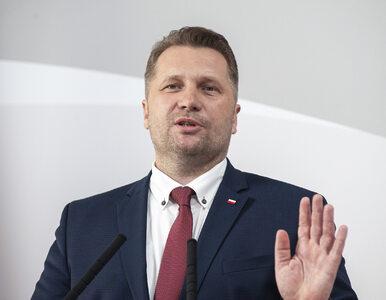 Bitwa na billboardy. Tajemniczy zwolennicy Przemysława Czarnka wyszli ze...