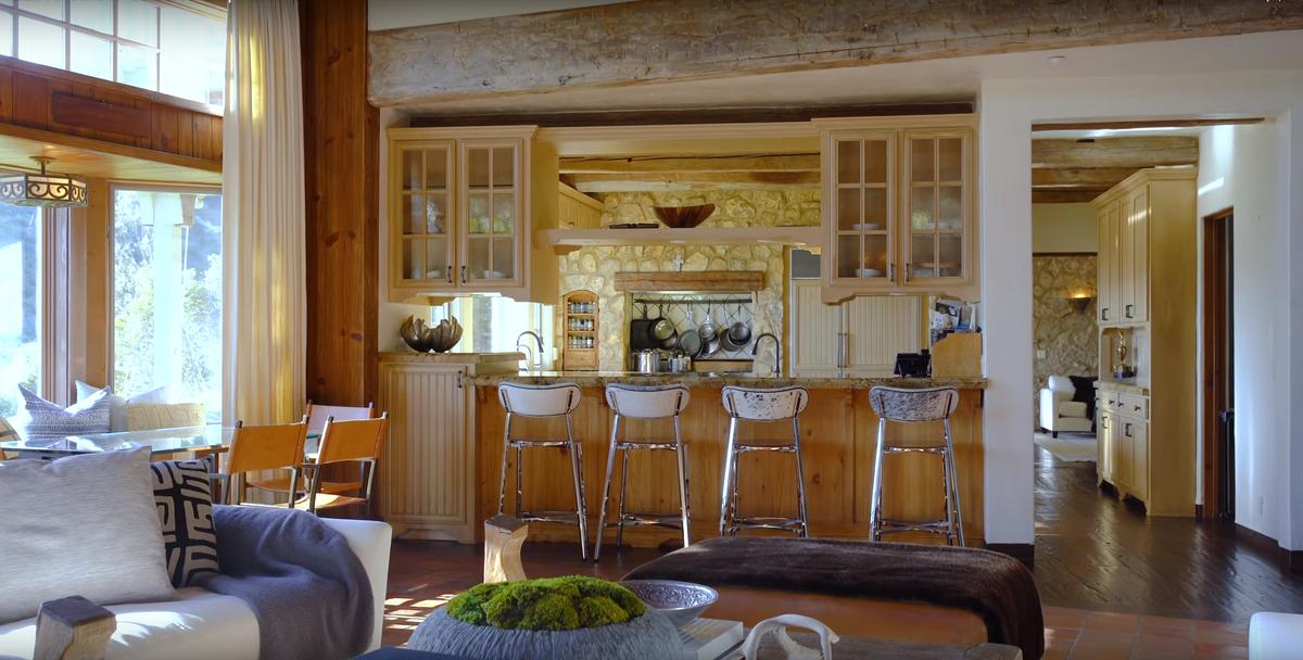 Dom Mela Gibsona Mel Gibson sprzedaje dom