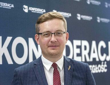 Trzaskowski zakazuje Marszu Niepodległości. Winnicki: Wychodzi na idiotę