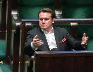 """Tarczyński musi przeprosić Wentę. Chodzi o """"trenowanie pałowania na..."""