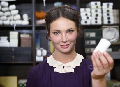 Anna Dymna – aktorka, którą kochają Polacy. Jak zmieniała się przez lata?