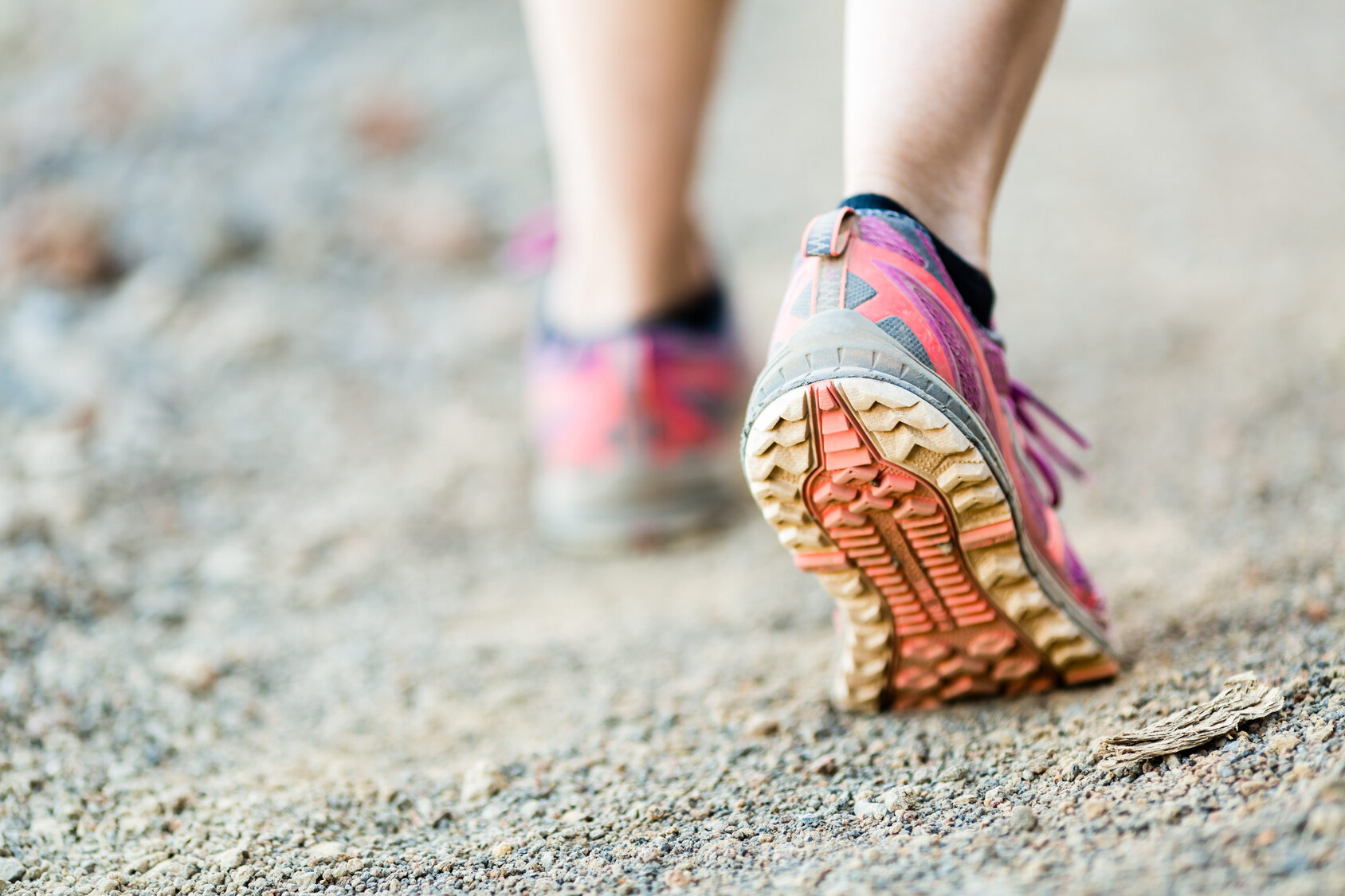 Biegacz, obuwie sportowe.