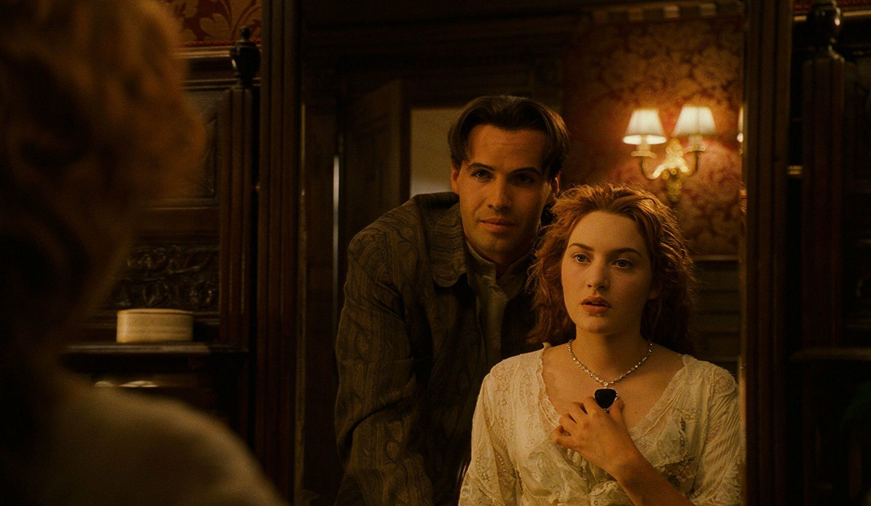Kto wcielił się w rolę Caledona Hockleya, partnera Rose?