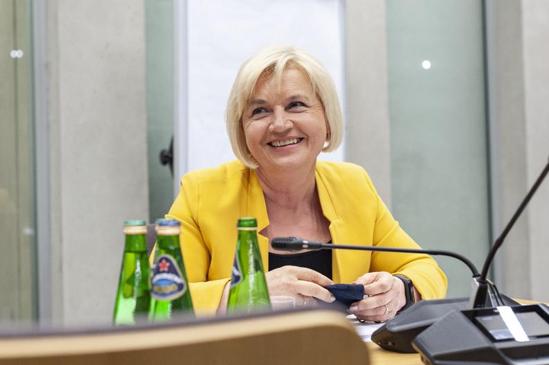 Sejm za Lidią Staroń, ale jak zachowa się Senat? To najbardziej...