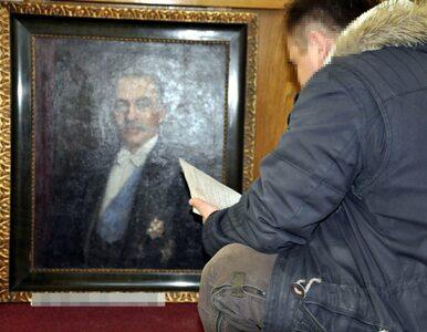 Policjanci odzyskali cenne obrazy. Prawdopodobnie zostały zrabowane w...