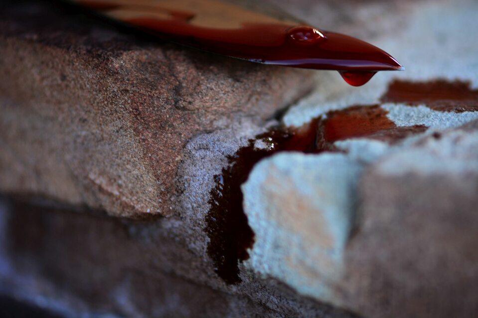 Zakrwawiony nóż, zdjęcie ilustracyjne