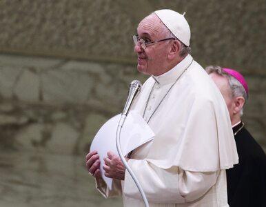 Papież Franciszek odwiedził Benedykta XVI. Nie zabrakło prezentów