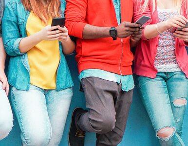 Samookaleczenia u nastolatków związane są z uzależnieniem od Internetu?