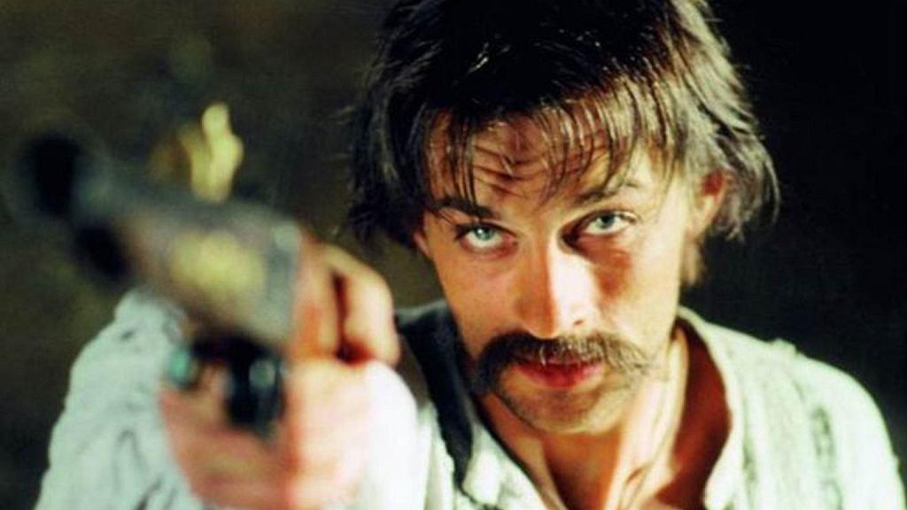 """Aleksandr Domogarow jako Jurko Bohun w filmie """"Ogniem i mieczem"""" (1999)"""
