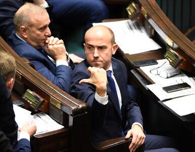"""""""Niedyskrecje parlamentarne"""": Budka chciał wyrzucić człowieka Schetyny,..."""