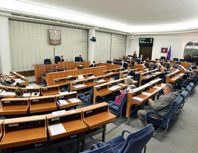 Senat odsyła ustawę covidową do Sejmu, dodano szereg poprawek. Awaria...