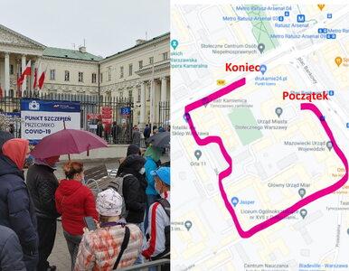 """Sprawdziliśmy, jak wygląda akcja szczepień w Warszawie. """"Ludzie stali..."""
