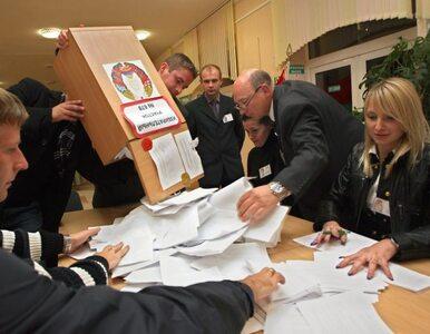 Białorusini skończyli głosować, teraz piszą skargi