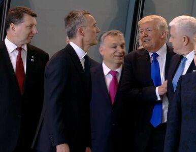"""""""America first"""" w praktyce. Trump odepchnął premiera, by stanąć obok..."""
