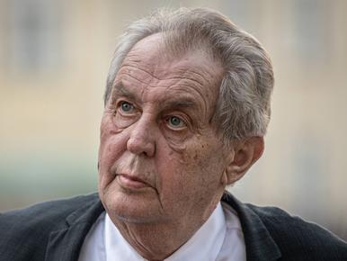 """Prezydent Czech """"niezdolny do pełnienia obowiązków"""". Może zostać..."""