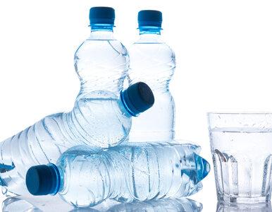 Woda źródlana wycofana ze sprzedaży. GIS: Wykryto bakterie coli