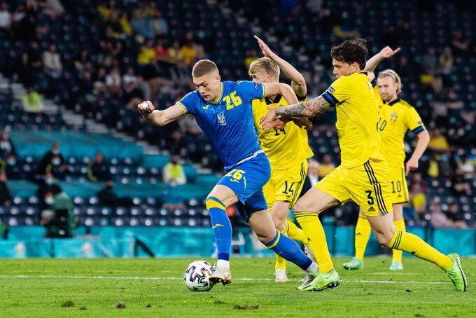 Artem Dowbyk w meczu ze Szwecją