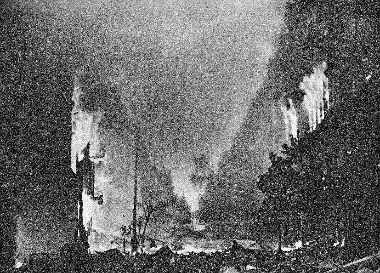 Każdego mieszkańca należy zabić, nie wolno brać żadnych jeńców, Warszawa ma być zrównana z ziemią i w ten sposób ma być stworzony zastraszający przykład dla całej Europy – to rozkaz, który wydał: