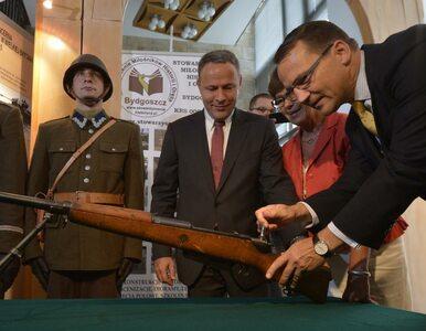 Sikorski przekazał muzeum karabin